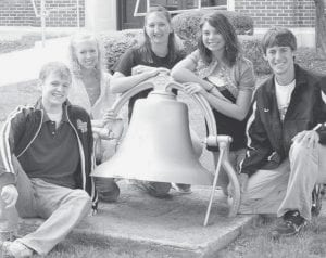 Members of the Pettisville High School Class of 2008 recently discussed some of their attributes and their influences. They are, from left, Seth Graber, Libbey Eicher, Heaven Randolph, Sarah Allbee, and Aaron Rupp. Not pictured: Kelly Plassman.- photo by D.J.  Neuenschwander