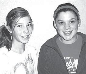 From left: Lexa Richardson and Myah Wagner