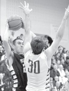 Dillon King goes to the basket.– photo by Mario Gomez